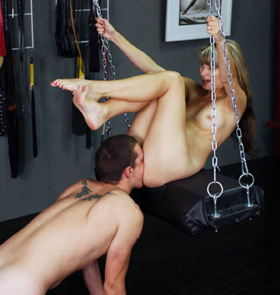 Servitude at the swing for Mistress Ariel