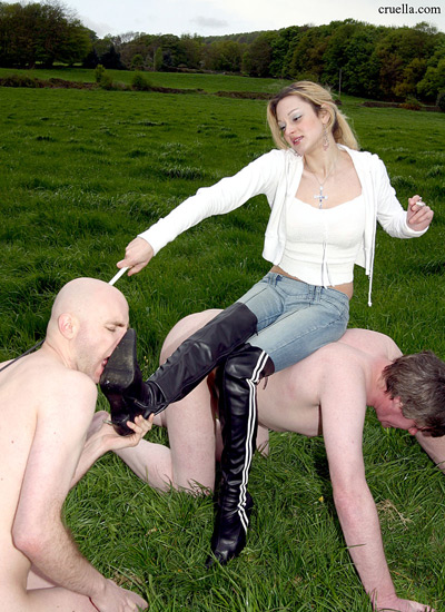 Goddess gets a boot licker and stool at the field
