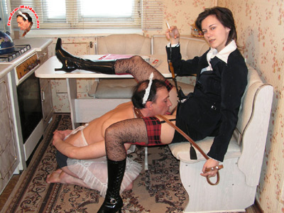 Office lady pleasured by maid man after work