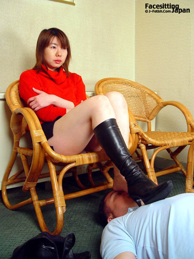 Human foot rest at work for Japanese Mistress