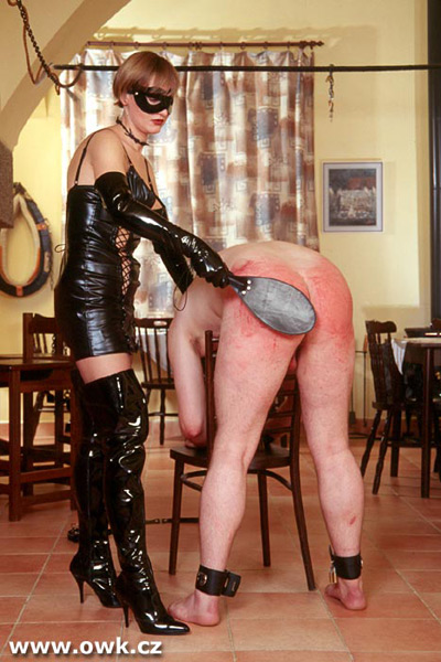 Red hot spanking for his Mistress's amusement