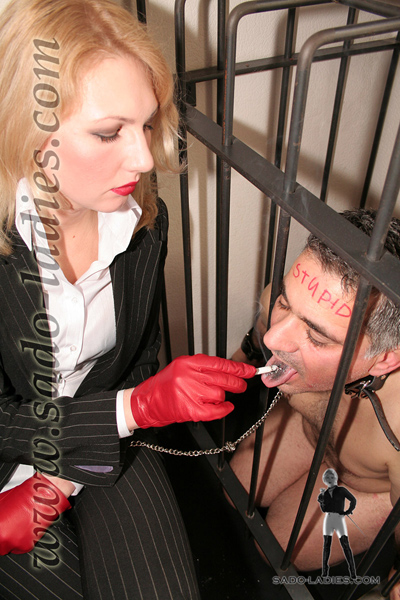 Free asphyxiation and hanging bondage