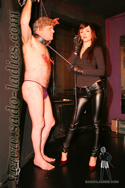 Tortured for Miss Leni amusement in the dungeon