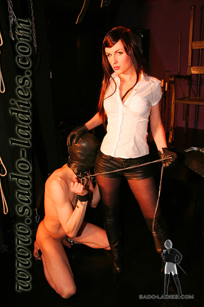 Well trained slave by Miss Lena