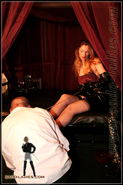 Waking up service and foot worship by slave