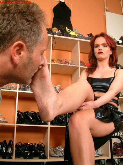 Foot sniffing in the shoe room