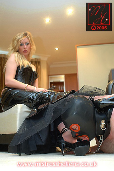 Foot licker foot rest for Mistress Hellena