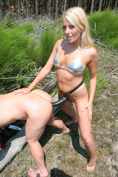 Outdoor strapon humiliation play by Lady Natalie