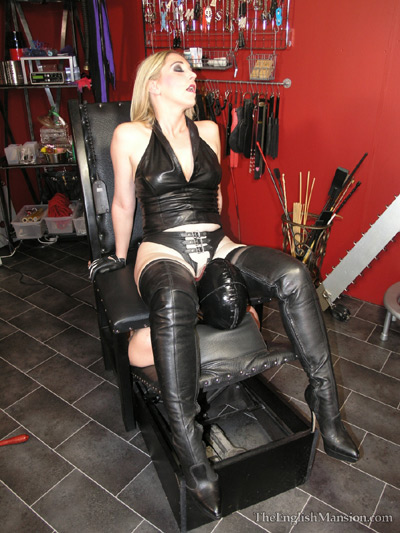Mistress Sidonia is enjoying her newly designed furniture