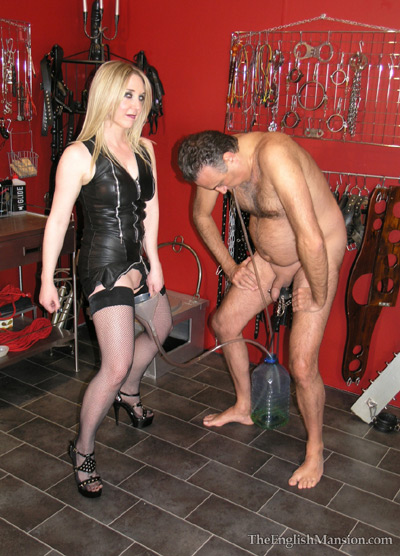 Her output is her slave's input