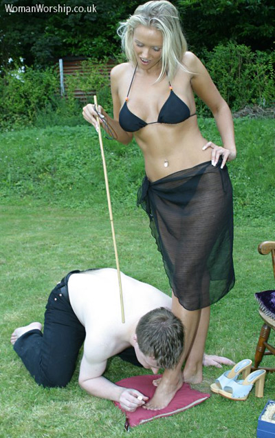 Outdoor pedicure care for his Mistress