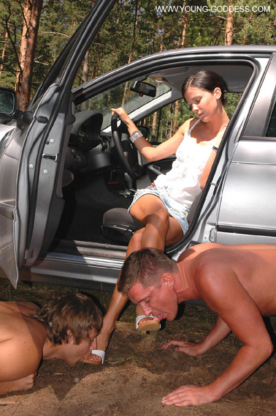 Greeting the arrival of Mistress at her car